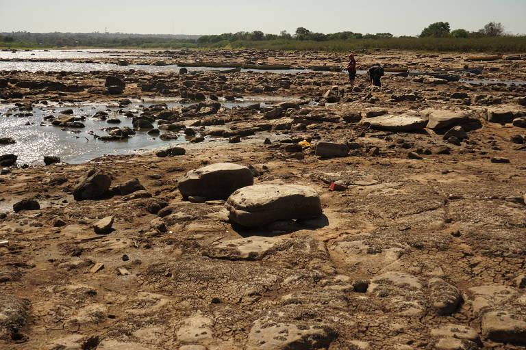 Seca no rio Paraguai