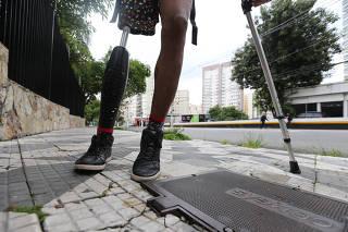 USUARIOS DO LUCY BRANDAO RTECLAMAM DA  FALTA DE ASSEBILIDADE