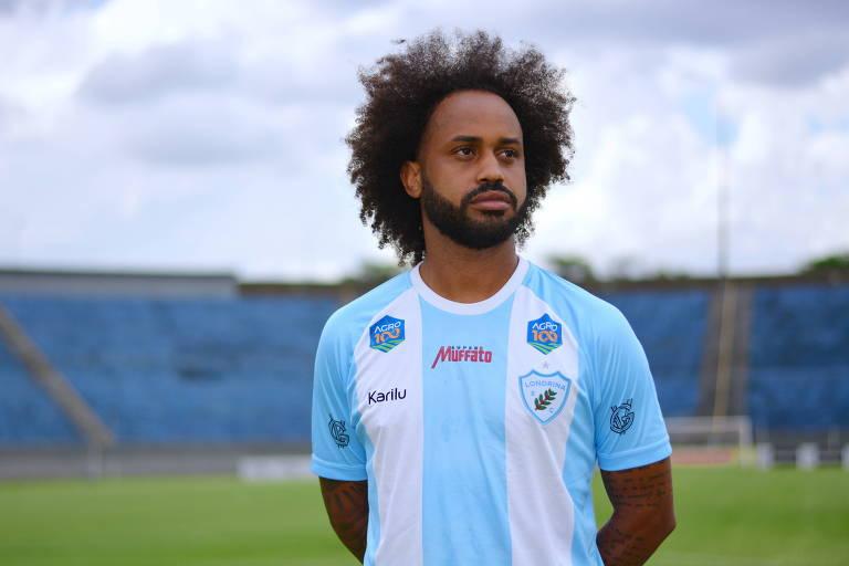O meia Celsinho, do Londrina, relatou ter sido vítima de injúria racial em partida contra o Brusque