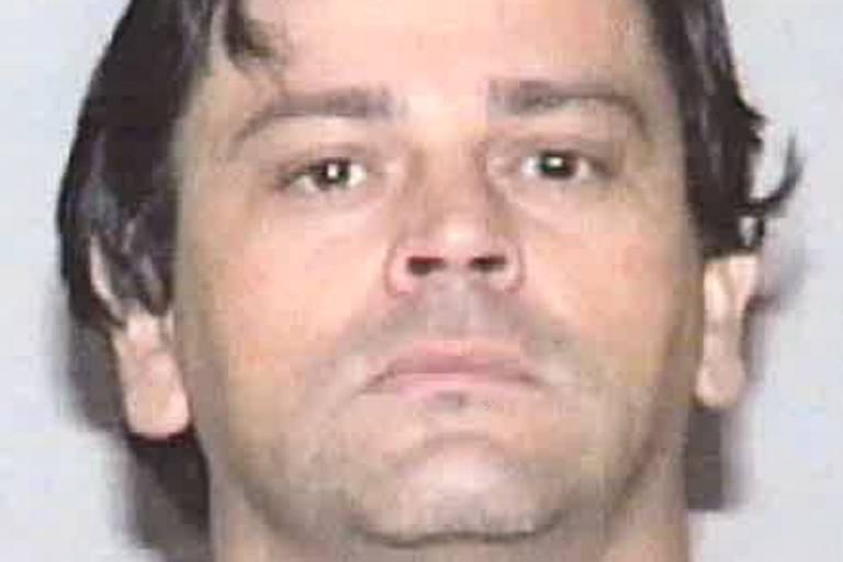 Serial killer que matou 3 mulheres na Flórida há 20 anos era brasileiro, diz polícia