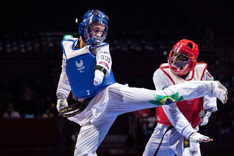 Paralimpíadas: Brasil leva ouro no estreante taekwondo e chega a 19