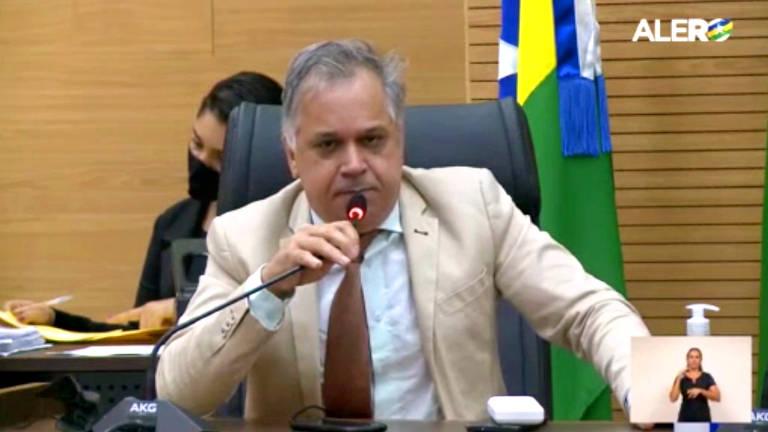 Deputado de Rondônia propõe que polícia esquarteje criminosos