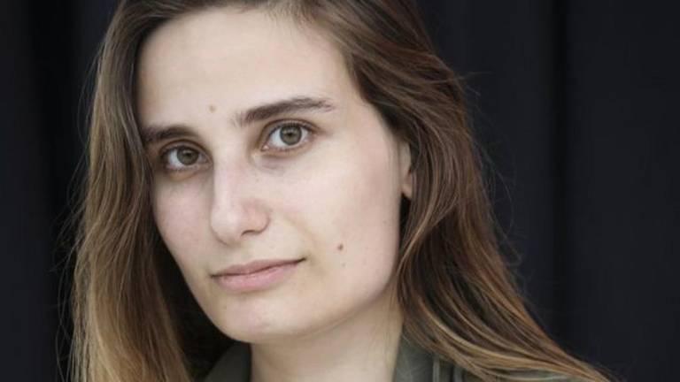 Solteiras não estão condenadas à infelicidade, diz autora de 'O Fim do Amor'