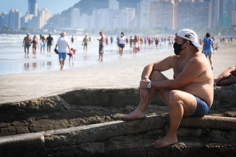 Cidades do litoral paulista prometem fiscalizar uso de máscara durante o feriadão