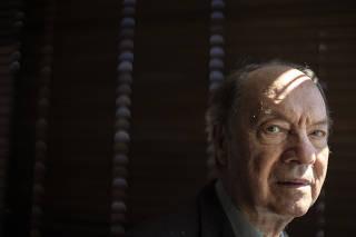 RETRATO FLAVIO TAVARES | ESPECIAL SOBRE A LEGALIDADE