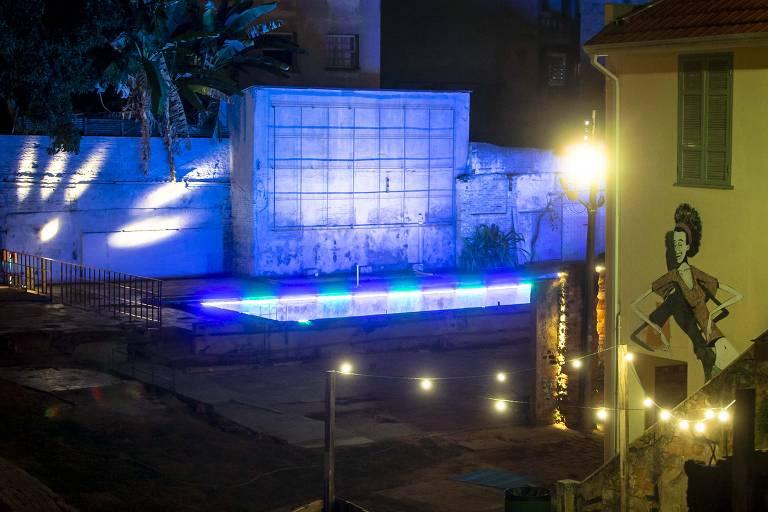 Vila Itororó, no centro de SP, ganha iluminação especial e abre ao público pela primeira vez