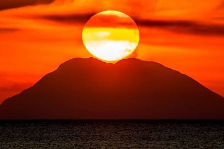 As Ilhas Eólias são um arquipélago formado por ilhas vulcânicas, como Stromboli — mas há vulcões que se encontram submersos no mar