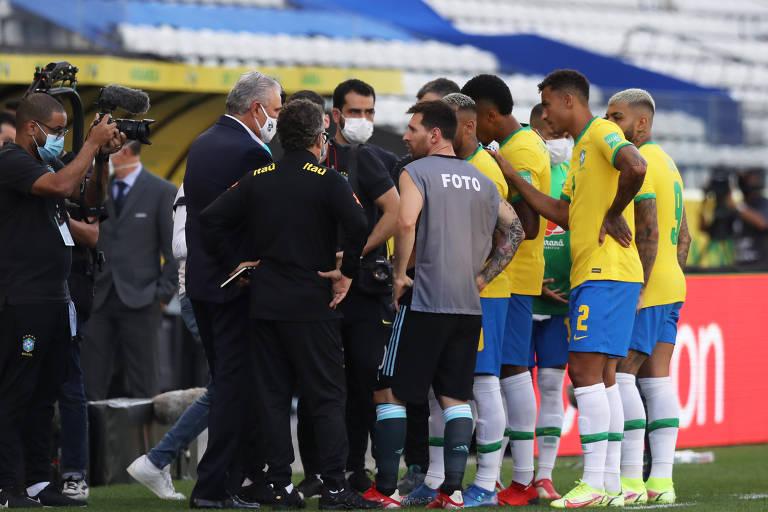 Veja imagens da confusão em Brasil x Argentina