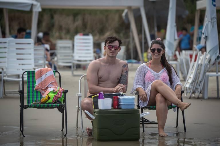 Movimentação no feriado prolongado de 7 de Setembro nas praias do litoral sul paulista