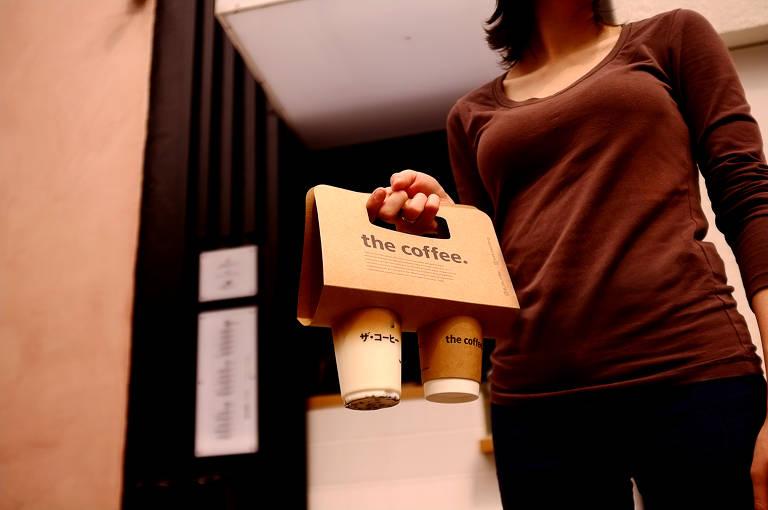 Embalagem de bebidas para viagem da The Coffee