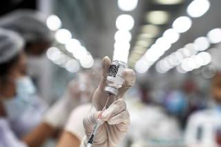 FILE PHOTO: COVID-19 vaccinations in Bangkok