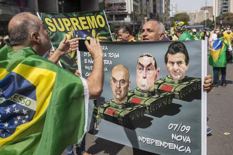 Bolsonaro diz em entrevista a alemães que Moraes revogou prisão de bolsonarista após conversa por telefone