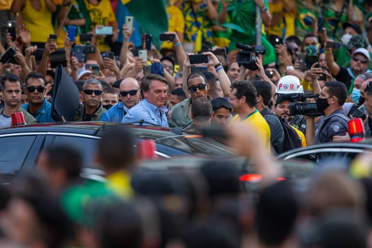 Lira minimiza fala golpista de Bolsonaro e diz que ninguém é obrigado a cumprir decisão inconstitucional