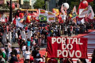 MANIFESTAÇÃO FORA BOLSONARO VALE DO ANHAGABAU