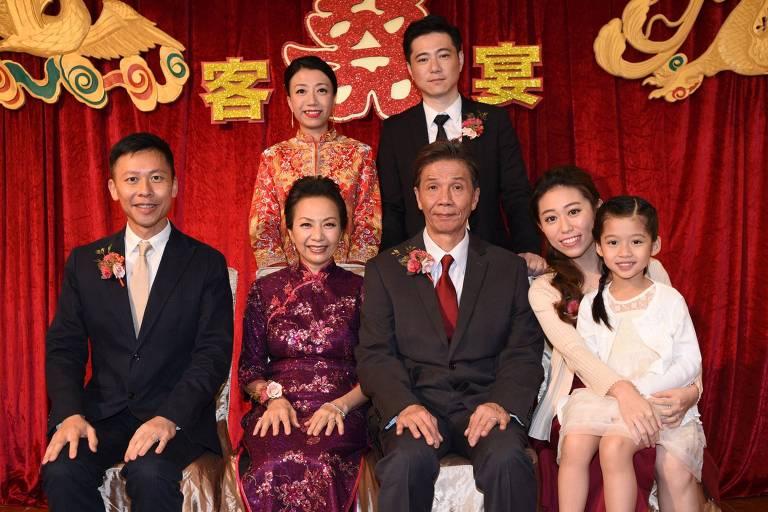 Avôs escondem relacionamento gay de família tradicional em filme chinês