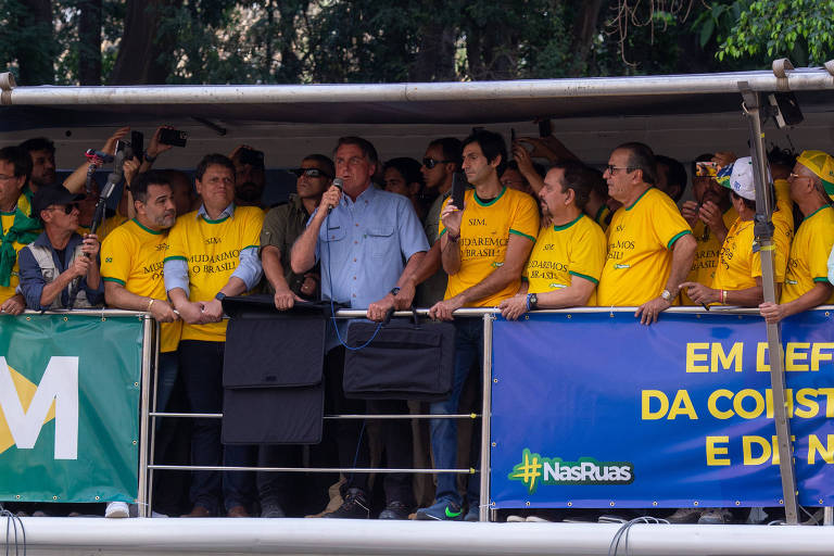 Pastores evangélicos partem para o tudo ou nada ao saírem na foto com Bolsonaro