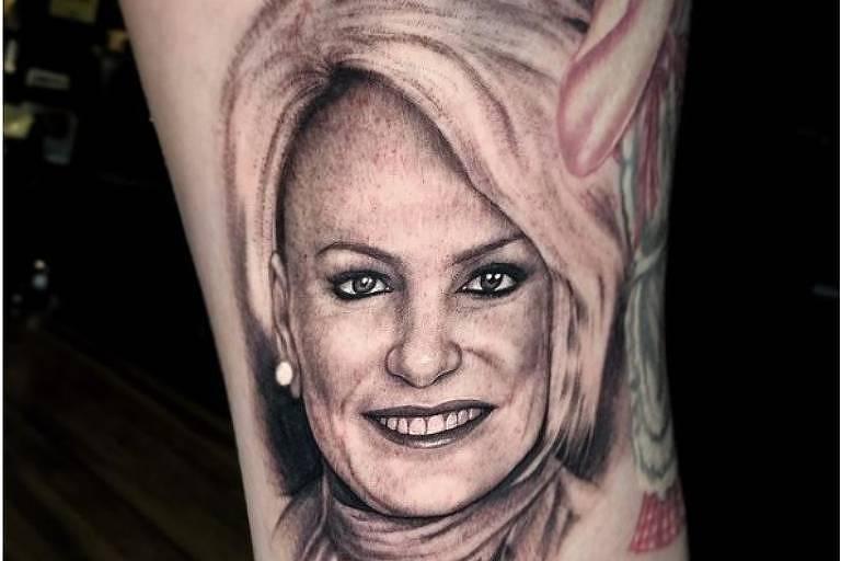 Ana Maria Braga agradece fã por tatuagem em sua homenagem