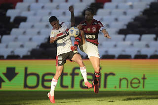 Brasileiro Championship - Flamengo v Sao Paulo