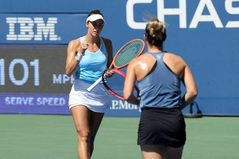Stefani é 1ª brasileira nas semis de duplas femininas de um Grand Slam em 53 anos