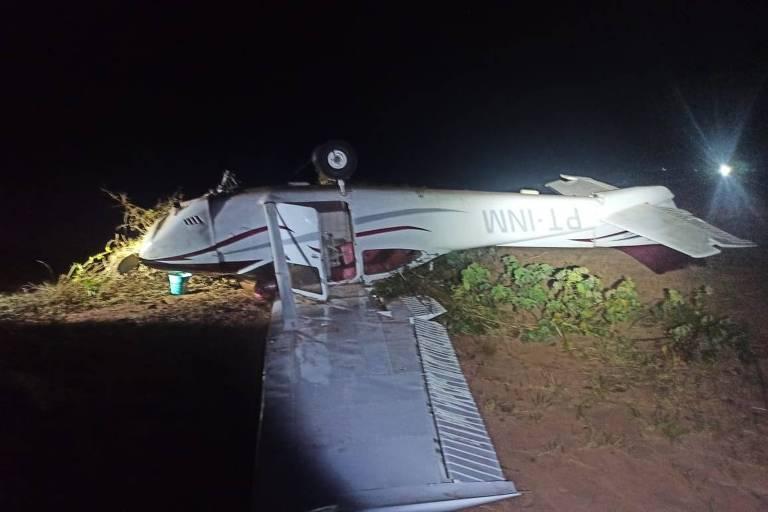 Aeronave fez pouso forçado depois de tiro de detenção executado pela FAB; piloto fugiu do local