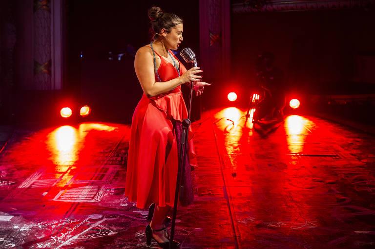 Prostitutas da Daspu sobem ao palco do Theatro Municipal na ópera 'María de Buenos Aires'
