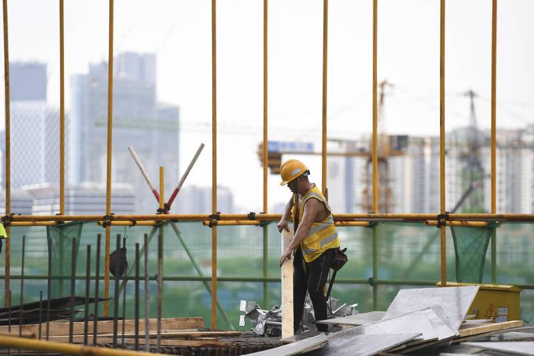 Endosso tácito ao abuso na jornada de trabalho não pega bem na China de hoje
