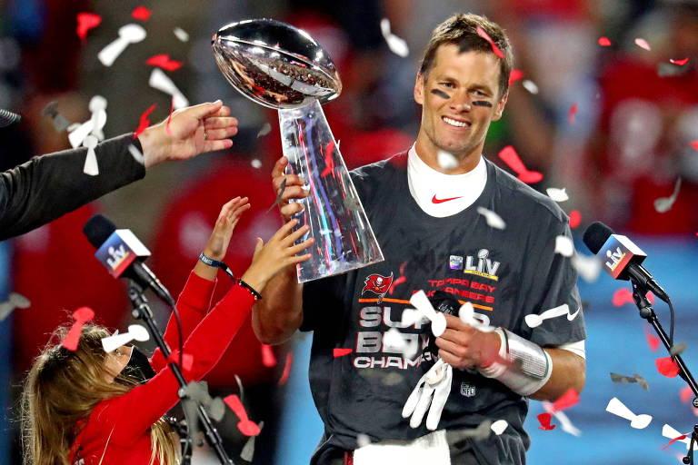 Tom Brady busca 8º título da NFL em meio a rejuvenescimento de quarterbacks