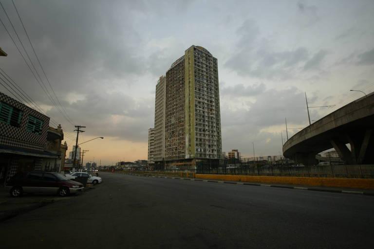O então edifício São Vito, no Parque D. Pedro, na região central de São Paulo.