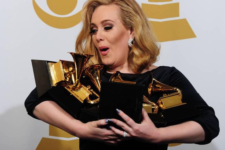 Adele é acusada de plagiar sucesso de Martinho da Vila; compare canções
