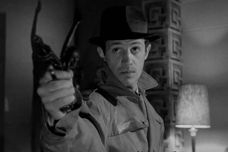 """O ator Jean-Paul Belmondo em """"Técnica de um Delator"""" (1962)"""
