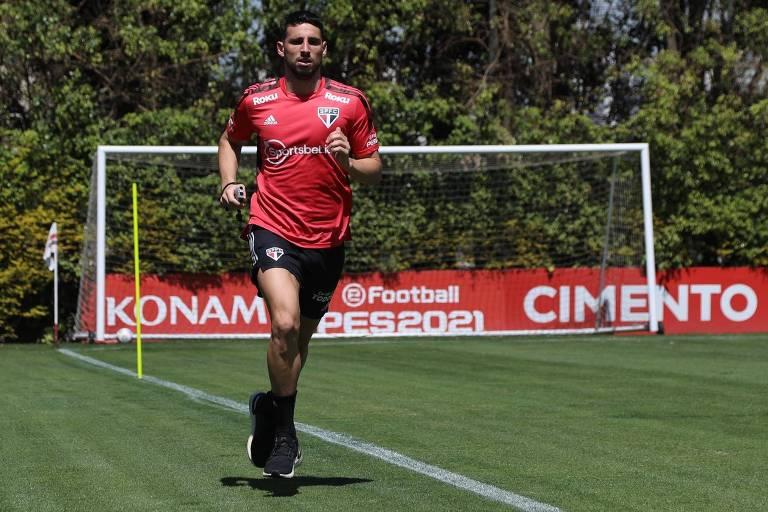 Atacante Jonathan Calleri aprimora a forma física antes de estrear pelo São Paulo