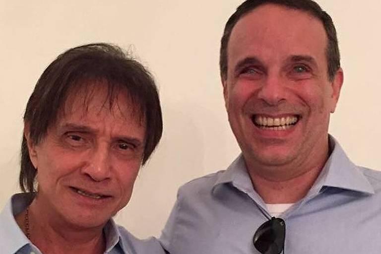 Roberto Carlos agradece mensagens de apoio por morte de Dudu Braga