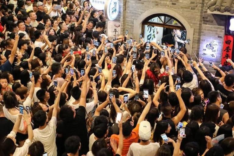 A população que usa internet na China é altamente engajada e experiente em dispositivos móveis