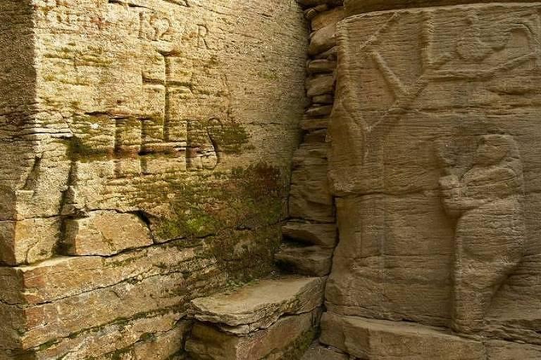 Templos com baixo-relevo e outras estruturas trypillianas gravadas oferecem pistas sobre a antiga cultura