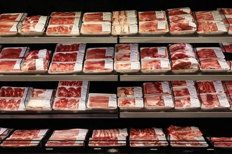 Mais calor e menos água devem prejudicar a qualidade do pasto, afetando a produção de carne, dizem cientistas. Preços altos vão tornar o consumo do produto ainda mais desigual