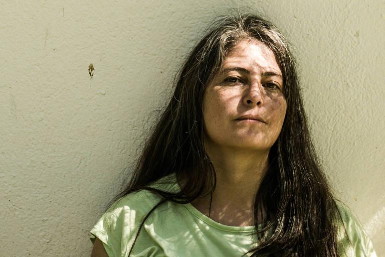 Selva Almada lança mão da poesia para emular o fluxo de um rio em novo livro