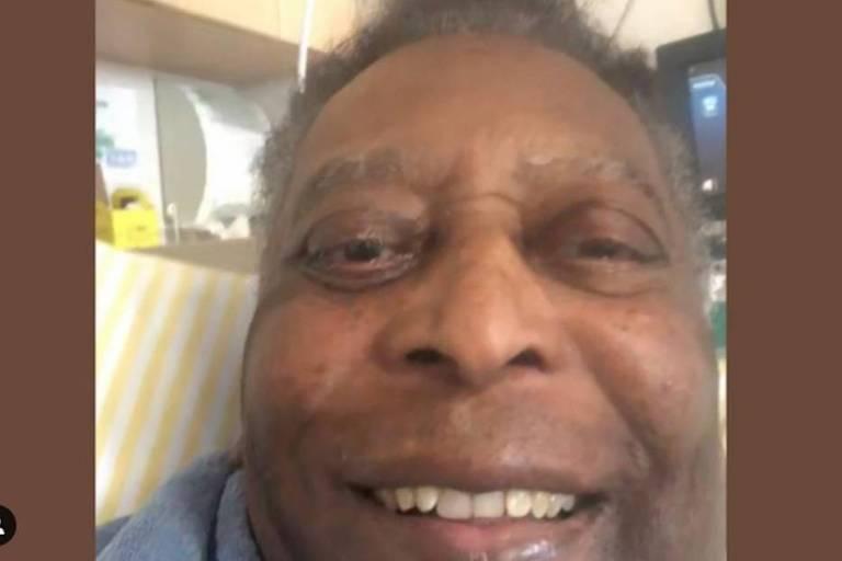 Filha de Pelé posta foto do pai e diz que ele está pronto para sair da UTI