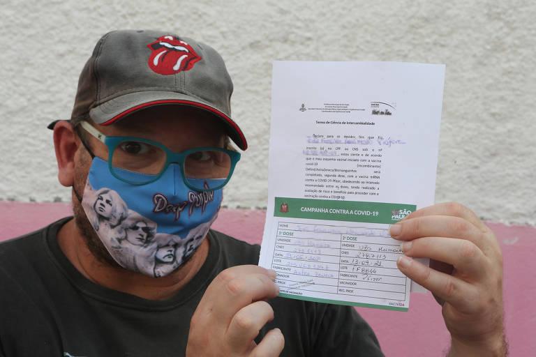Prefeitura de SP obriga assinatura de termo para quem tomar Pfizer no lugar da AstraZeneca
