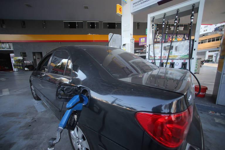 Com alta no preço do etanol, demanda nos postos ficou igualmente dividida com a gasolina