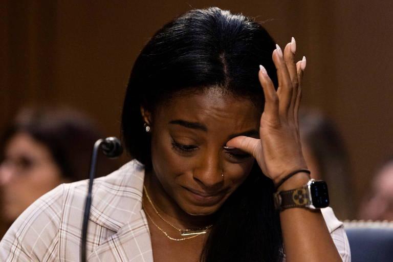 Simone Biles durante depoimento Comitê Judiciário do Senado dos Estados Unidos
