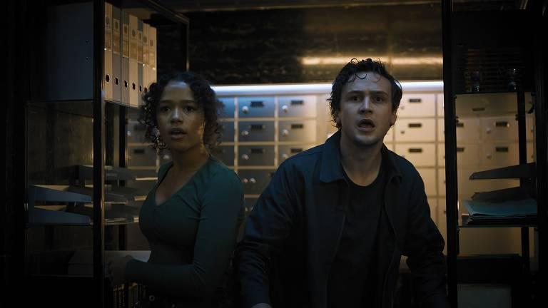 Veja imagens de 'Escape Room 2: Tensão Máxima'