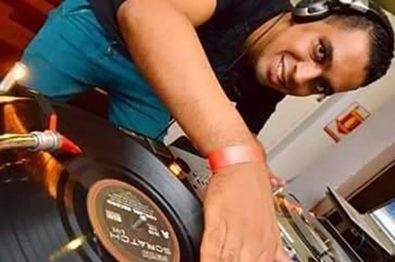 Alex Lima é DJ profissional há 27 anos