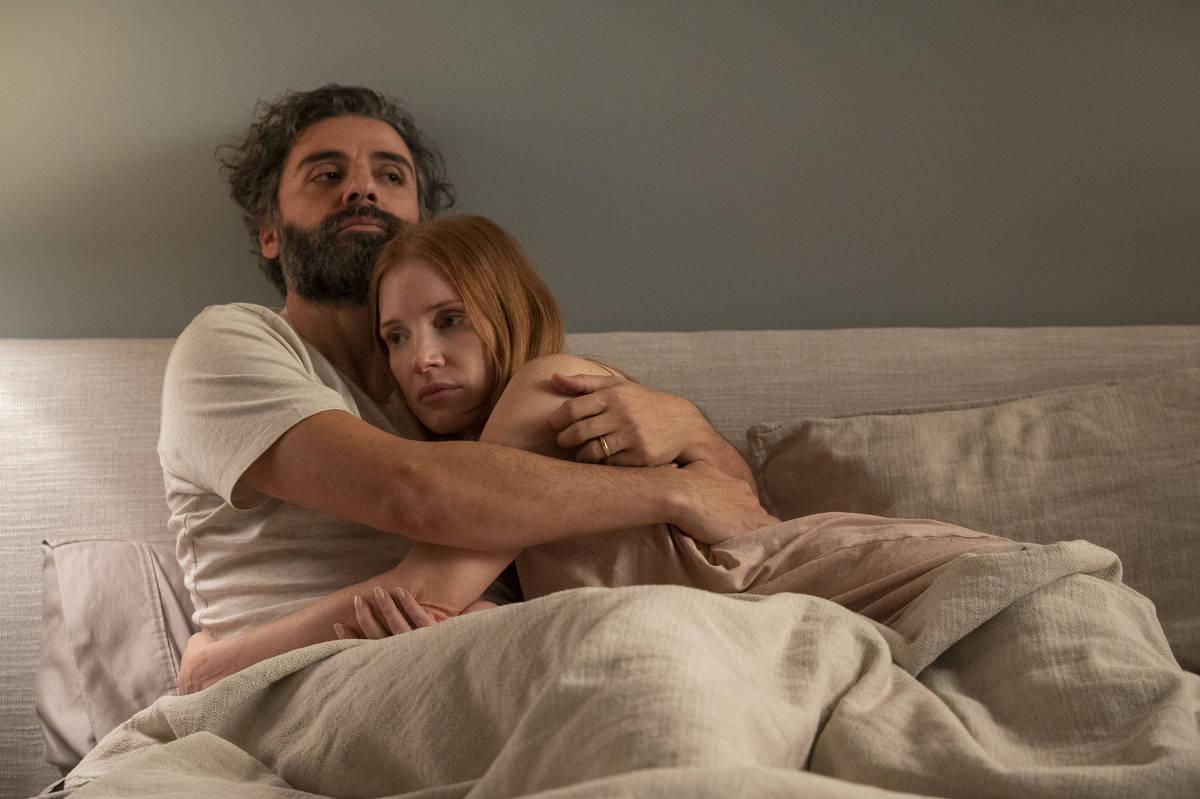 Jessica Chastain exigiu que Oscar Isaac também fizesse cenas de nu frontal em série