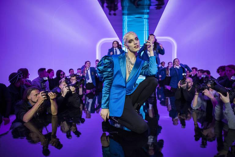 Musical acompanha garoto que sonha em ir de drag queen ao baile de formatura