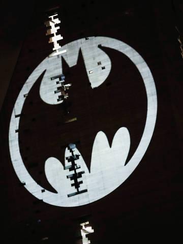 Bat-sinal é projetado em prédio na Cidade do México ORG XMIT: GGGHNR09