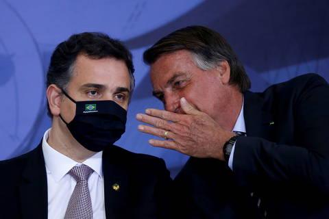 Pacheco dá novo recado a Bolsonaro e fala em pulso firme e forte contra retrocessos à democracia