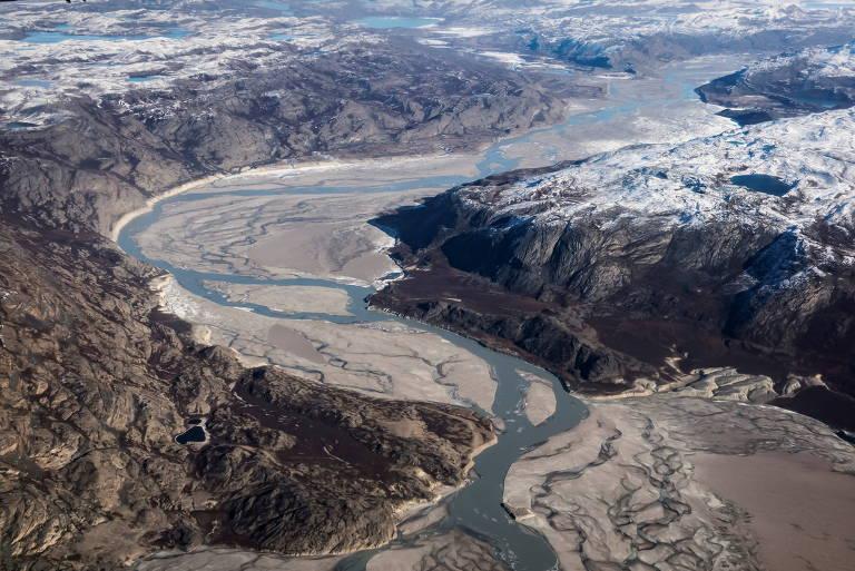Lama glaciar na Groenlândia e Taikonautas voltam à Terra; veja fotos de hoje