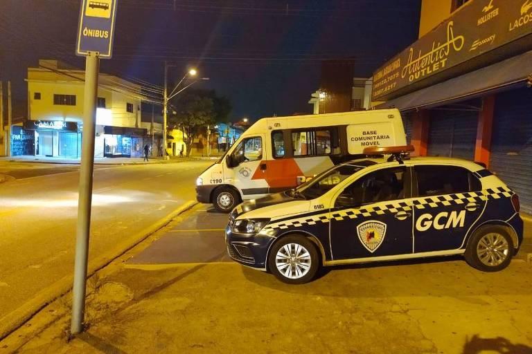 Operação contra aglomerações fecha dois estabelecimentos em Sorocaba