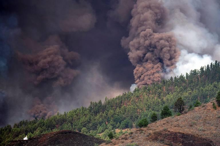 Veja fotos da erupção do vulcão Cumbre Vieja, nas ilhas Canárias