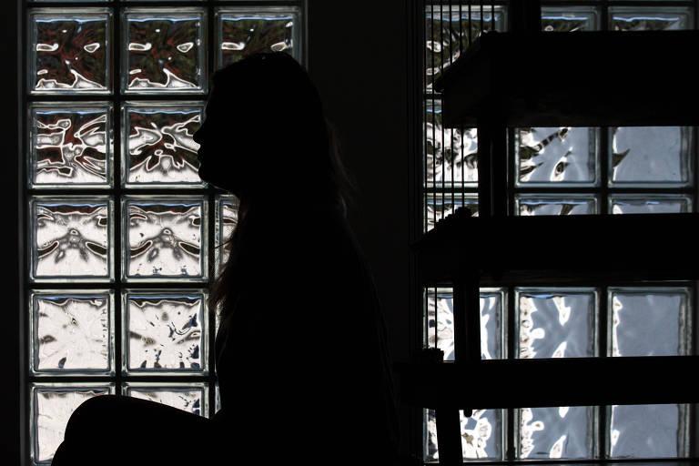 Hospitais e médicos registram alta de tentativas de suicídio e autolesões em crianças e adolescentes